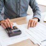 Se plantea aumentar los impuestos a quienes ganan más de $ 25.000 al año (y otras noticias en un resumen para comenzar la jornada)