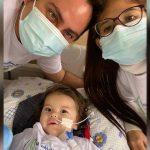 Derek, el bebé con atrofia muscular espinal ya recibió el medicamento más caro del mundo
